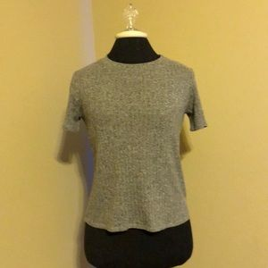 Forever 21 knitted Sweater Gray tee shirt